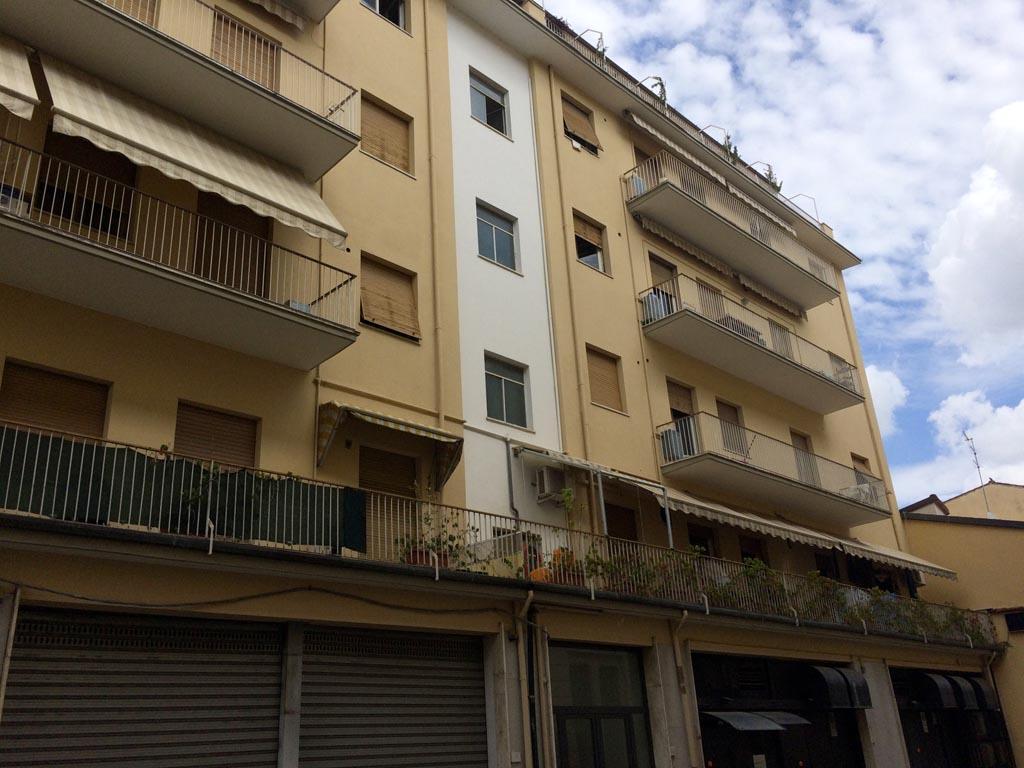 Arezzo, Via Porta Buia nel Centro Storico. Appartamento 4 locali