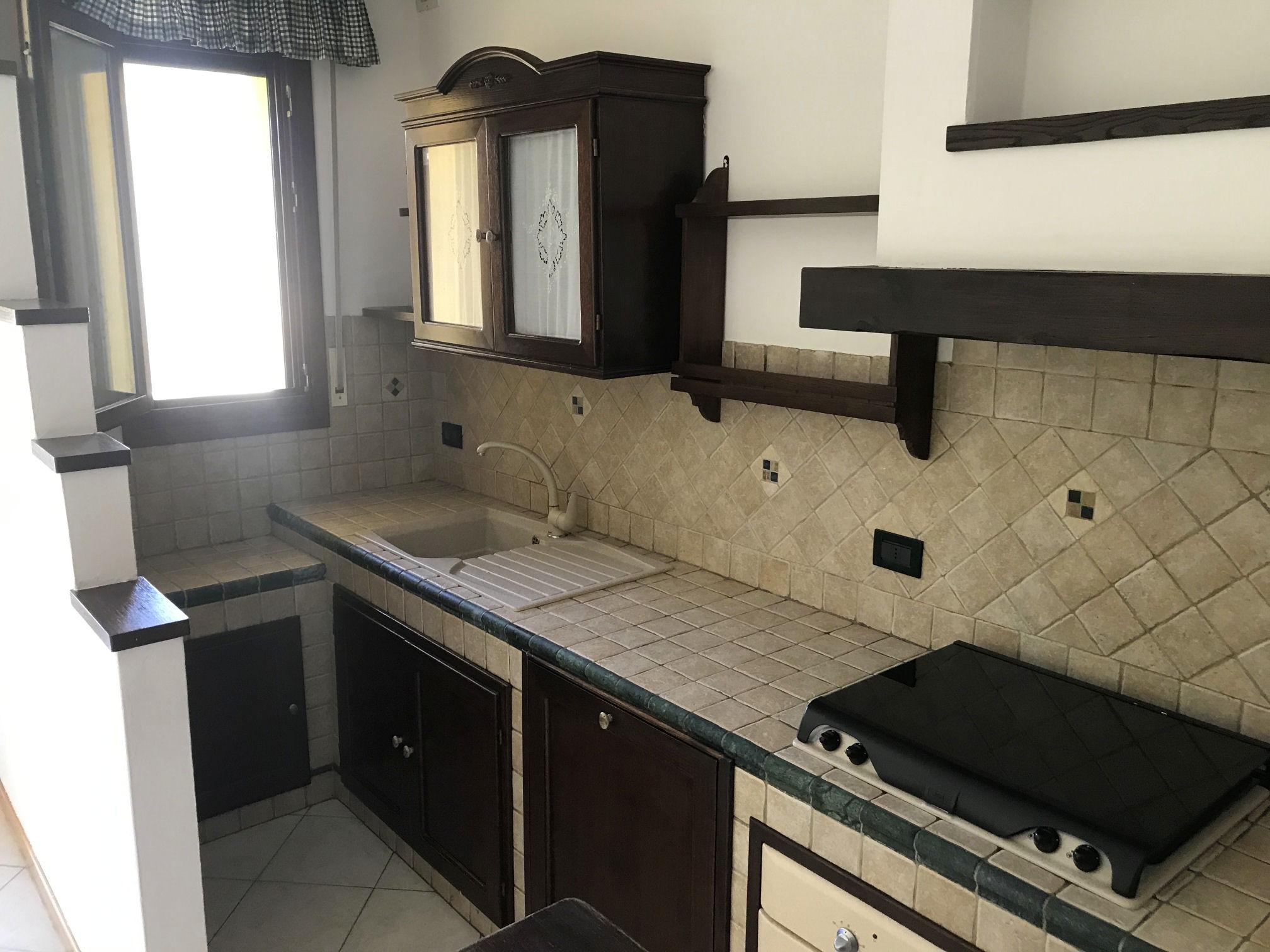 Arezzo. Zona Pantano. Appartamento 3 locali in vendita. Garage e cantina.